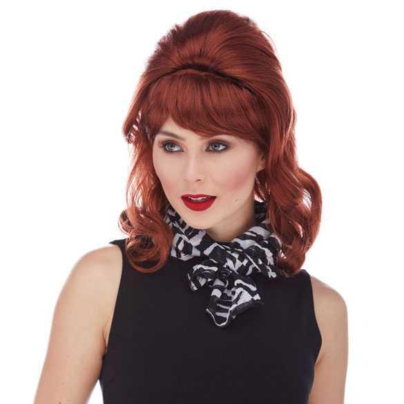 Pruik rood opgestoken haar model Peggy Bundy