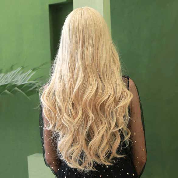 Pruik blond lang haar met slagen en pony