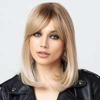 Pruik boblijn met steil haar in warme blondmix model 401