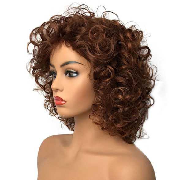 Mooie volle pruik kort krullend haar in warm roodbruin