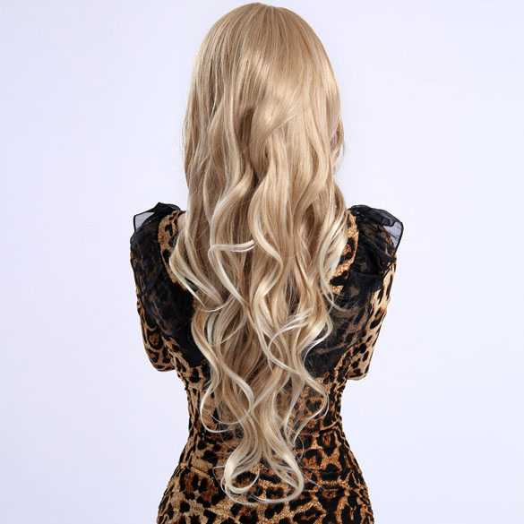 Sexy blonde pruik lang haar met krullen en lichtere puntjes