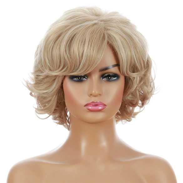 Pruik kort haar met krullen model Brigitte