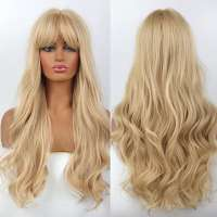 Blonde pruik lang haar met slagen en pony