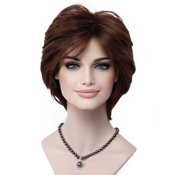 Pruik kort haar in laagjes kastenjebruin kleur 31