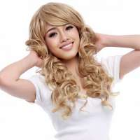 Mooie blonde pruik lang haar met krullen