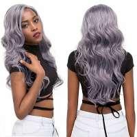 Lace pruik lang haar met grove slagen in lavendel grijs