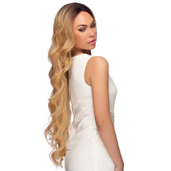 Lace front pruik extra lang haar met slagen model LL002