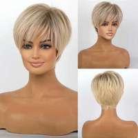 AANBIEDING : Pruik kort steil haar in laagjes in blondmix model 165