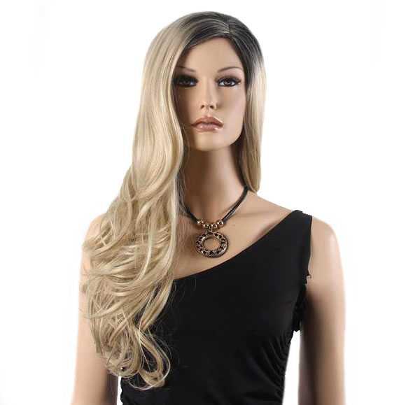 Pruik lang krullend haar met scheiding en zwarte roots