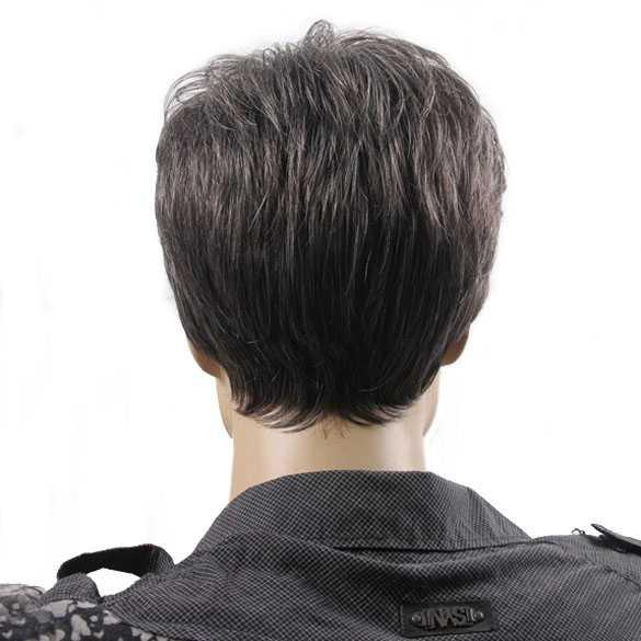 Herenpruik kort model met subtiel grijze haren